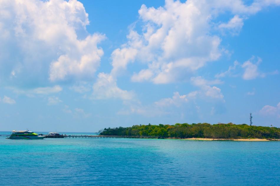 船行駛的時間大約是一個鐘頭,抵達Green Island!