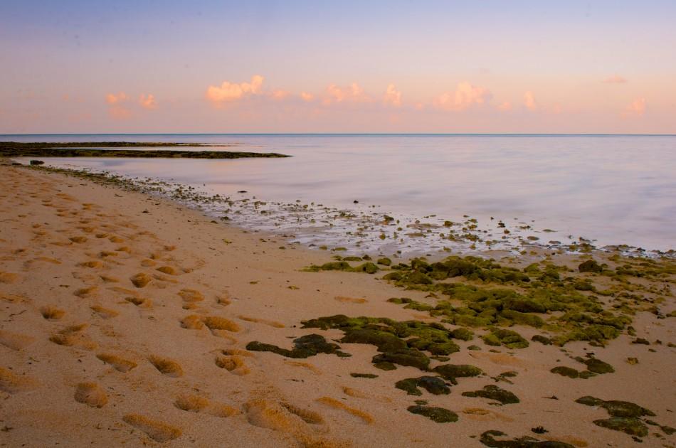夕陽下的沙灘~
