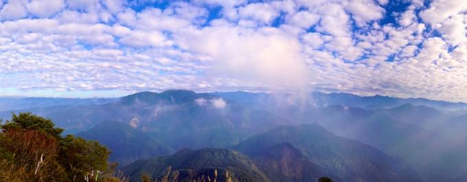 加里山山頂展望的群山全景!